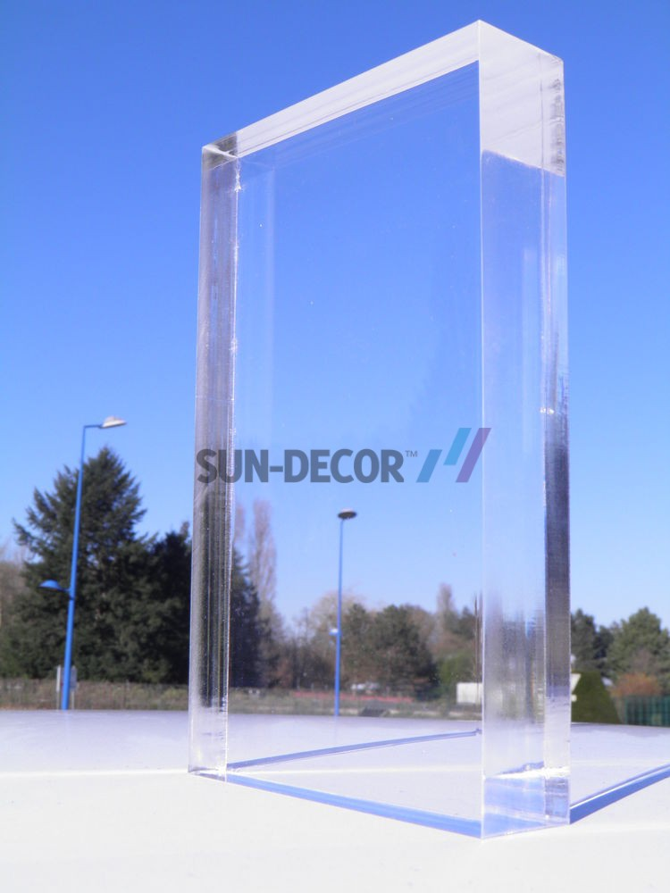 1.1-b-High Quality-Plexiglas--transparent