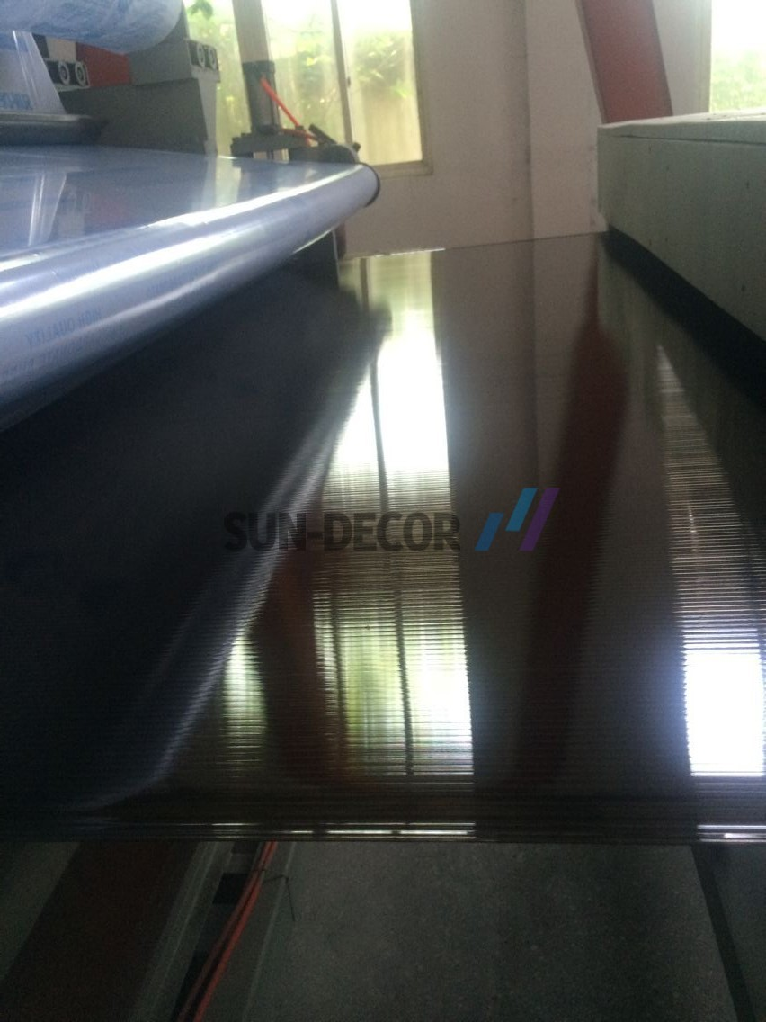BROWN-POLYCARBONATE-SHEET-WITHOUT-DOT